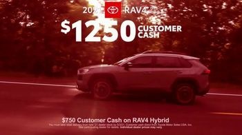 2021 Toyota RAV4 TV Spot, 'Ultimate Adventure-Mobile' Featuring Danielle Demski, Ethan Erickson [T2] - Thumbnail 6