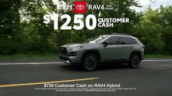 2021 Toyota RAV4 TV Spot, 'Ultimate Adventure-Mobile' Featuring Danielle Demski, Ethan Erickson [T2] - Thumbnail 7