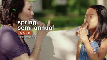 Ashley HomeStore Spring Semi-Annual Sale TV Spot, '25% Off Storewide & Special Financing: Bed' - Thumbnail 2