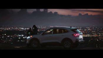 Ford TV Spot, 'The Future Comes Standard: Escape and Explorer' [T2] - Thumbnail 5