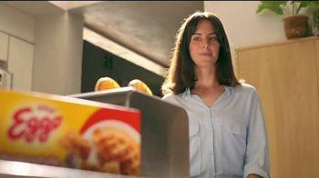 EGGO Waffles TV Spot, 'Minisaurias niegan alistarse' [Spanish] - Thumbnail 2