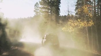 Land Rover Defender TV Spot, 'Outdoors: Backcountry Driving' [T1] - Thumbnail 3