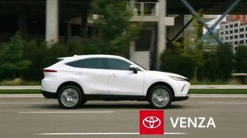 2021 Toyota Venza TV Spot, 'Nothing Else Compares' [T2] - Thumbnail 2