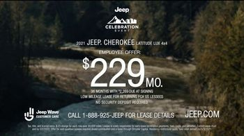 Jeep Celebration Event TV Spot, 'See the World' [T2] - Thumbnail 9