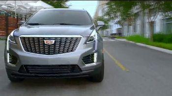 Cadillac Move Up TV Spot, 'Cuenta regresiva para el lujo' canción de DJ Shadow, Run the Jewels [Spanish] [T2] - Thumbnail 2