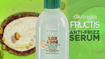Garnier Fructis Sleek & Shine Anti-Frizz Serum TV Spot, 'Fight Frizz' Song by Lizzo - Thumbnail 5