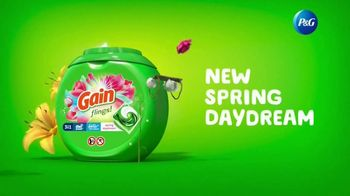 Gain Flings! TV Spot, 'First-Time User: Spring Daydream' Song by All-4-One - Thumbnail 9