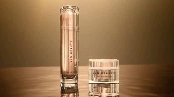 JLo Beauty TV Spot, 'That Glow' Featuring Jennifer Lopez - Thumbnail 7