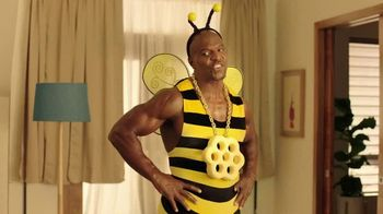 Honey-Comb TV Spot, 'Big Dance Tonight' Featuring Terry Crews - Thumbnail 7