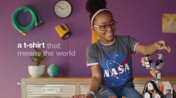 Target TV Spot, 'Confidence and T-Shirts' - Thumbnail 9