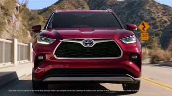 2021 Toyota Highlander TV Spot, 'Dear Road Rivals: Safety' Song By Mario Grigorov & Glaceia Adele Henderson [T1] - Thumbnail 2
