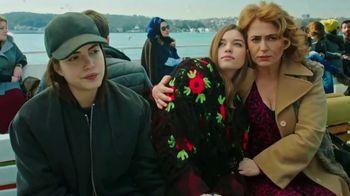 XFINITY TV Spot, 'Al mundo de las telenovelas' canción de Sr Ortegon [Spanish] - Thumbnail 3