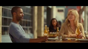 Stella Artois Solstice Lager TV Spot, 'Smooth' - Thumbnail 4