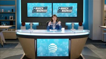 AT&T Wireless TV Spot, 'Lily Uncomplicates: Zone Defense' - Thumbnail 4