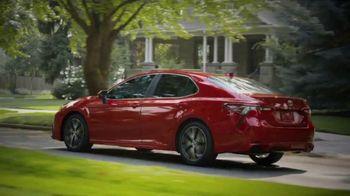 2021 Toyota Camry TV Spot, 'Dear Road Rivals: Camry' [T2] - Thumbnail 5