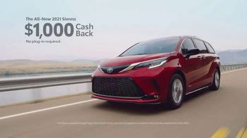 Toyota Make It Yours Sales Event TV Spot, 'Get In Today: Racetrack' Song by Jet [T2] - Thumbnail 5