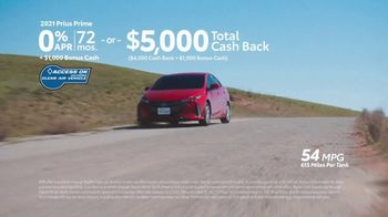 Toyota Make It Yours Sales Event TV Spot, 'Get In Today: Racetrack' Song by Jet [T2] - Thumbnail 7