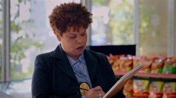 AmPm Bacon, Egg and Cheese Croissant TV Spot, 'Breakfast Sandwich at Large' - Thumbnail 3