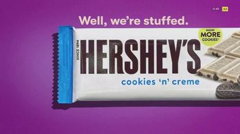 Hershey's Cookies 'n' Creme TV Spot, 'More Cookies' - Thumbnail 5