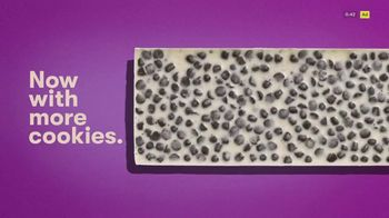 Hershey's Cookies 'n' Creme TV Spot, 'More Cookies' - Thumbnail 7