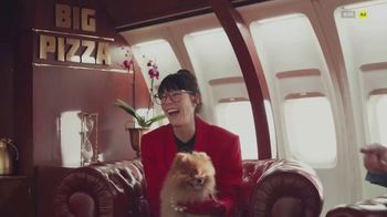 Little Caesars Thin Crust TV Spot, 'Big Pizza Air' - Thumbnail 7