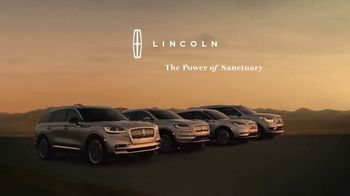 Lincoln Motor Company TV Spot, 'Comfort in the Extreme: Heat' [T1] - Thumbnail 7