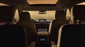 Lincoln Motor Company TV Spot, 'Comfort in the Extreme: Heat' [T1] - Thumbnail 6