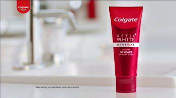 Colgate Optic White Renewal TV Spot, 'Baby Names' - Thumbnail 1