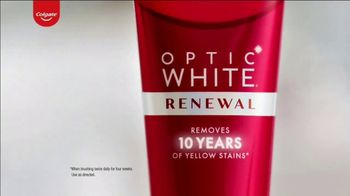 Colgate Optic White Renewal TV Spot, 'Baby Names' - Thumbnail 2