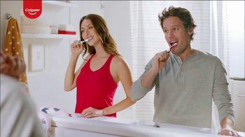 Colgate Optic White Renewal TV Spot, 'Baby Names' - Thumbnail 3