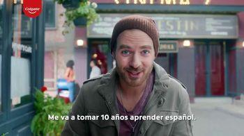 Colgate Optic White Renewal TV Spot, 'Aprendiendo español' [Spanish] - Thumbnail 6