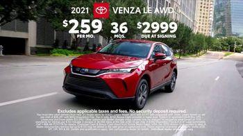 2021 Toyota Venza TV Spot, 'Nothing Else Compares' [T2] - Thumbnail 7
