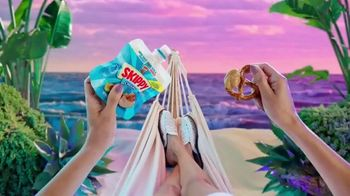SKIPPY Squeeze Creamy TV Spot, 'Snack How You Please' - 2118 commercial airings