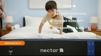 NECTAR Sleep TV Spot, 'Sleeping Next to a Human Furnace!?: $399 in Accessories' - Thumbnail 6