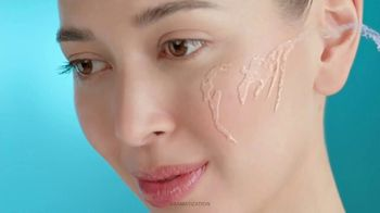 Cetaphil Deep Hydration Facial Collection TV Spot, 'Complete Hydration' - Thumbnail 3