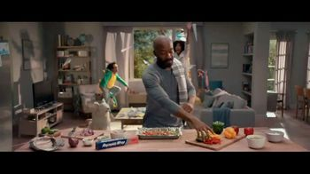 Reynolds Wrap TV Spot, 'Make Time With Reynolds Wrap: Play' - Thumbnail 3