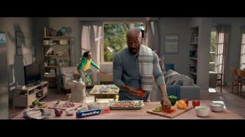 Reynolds Wrap TV Spot, 'Make Time With Reynolds Wrap: Play' - Thumbnail 4