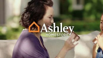 Ashley HomeStore Spring Semi-Annual Sale TV Spot, '25% Off Storewide & Special Financing: Sofa' - Thumbnail 1