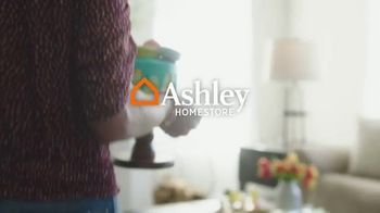 Ashley HomeStore Spring Semi-Annual Sale TV Spot, 'Fresh Styles' - Thumbnail 1
