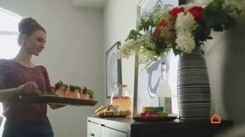 Ashley HomeStore Spring Semi-Annual Sale TV Spot, 'Fresh Styles' - Thumbnail 2