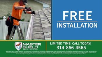 MasterShield Gutter Protection TV Spot, 'Never-Clog Technology: Free Yard Trimmer' - Thumbnail 6