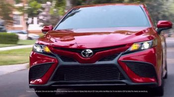 Toyota Camry TV Spot, 'Dear Road Rivals: Camry and Safety Features' [T1] - Thumbnail 4
