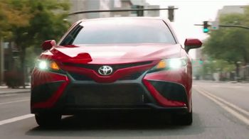 Toyota Camry TV Spot, 'Dear Road Rivals: Camry and Safety Features' [T1] - Thumbnail 7