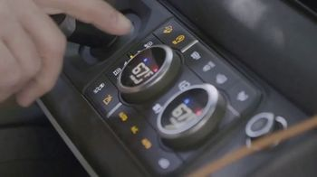 Land Rover Defender TV Spot, 'Outdoors: More Accessible' [T1] - Thumbnail 3