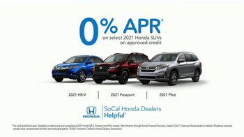 Honda TV Spot, 'Random Acts of Helpfulness: Spread the Word Faster' [T2] - Thumbnail 9