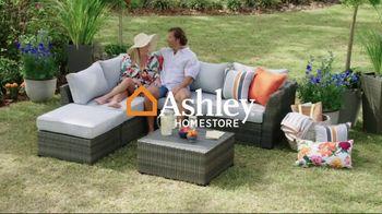 Ashley HomeStore Memorial Day Sale TV Spot, 'Doorbusters: Financing' - Thumbnail 1