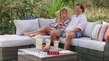 Ashley HomeStore Memorial Day Sale TV Spot, 'Doorbusters: Financing' - Thumbnail 2