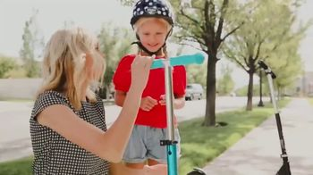 Micro Kickboard TV Spot, 'Brad and Hailey Ride Micro' Song by Brightout - Thumbnail 2
