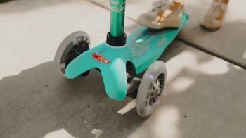 Micro Kickboard TV Spot, 'Brad and Hailey Ride Micro' Song by Brightout - Thumbnail 4