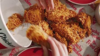 KFC Bucket Meal TV Spot, 'One Delicious Mouthful' - Thumbnail 2